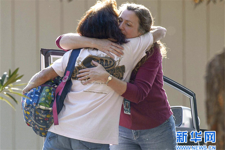 美国加州一所小学附近发生枪击案 至少5人死亡