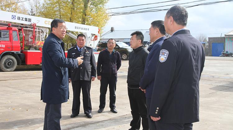赵宝军到乌尔旗汉林业局检查消防工作