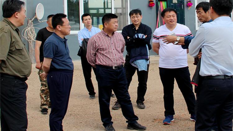 林区产业发展调研组到毕拉河林业局调研指导工作