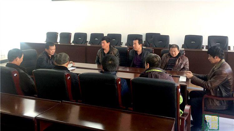 南沟林场管护队党支部加强组织建设