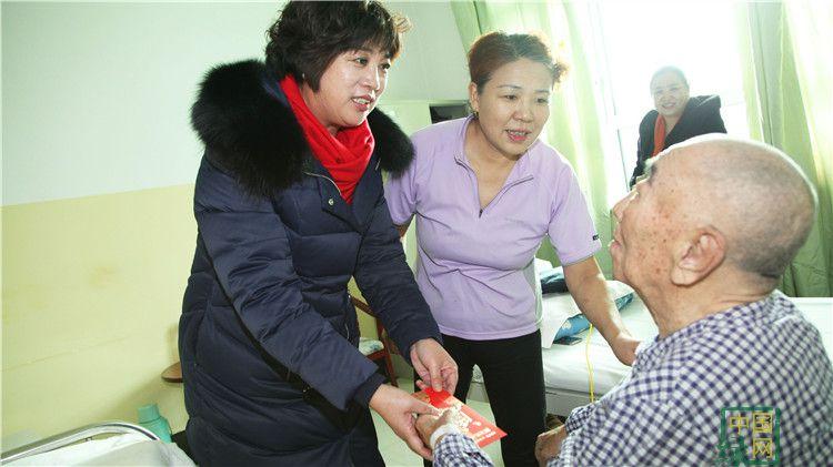 林海日报社开展走访慰问活动