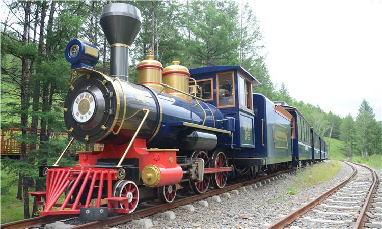 莫尔道嘎:小火车代言森林游