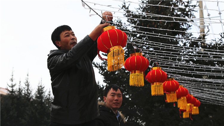 克一河林业局积极营造喜庆的节日氛围