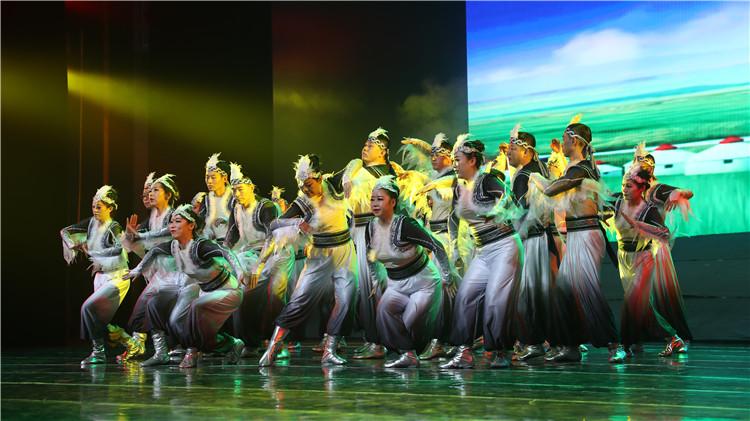 舞蹈《鸿雁》.JPG
