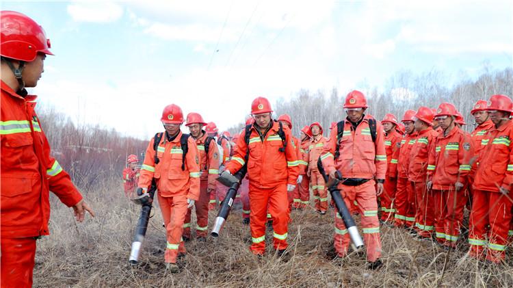 库都尔林业局开展森林防灭火演练 提高实战能力