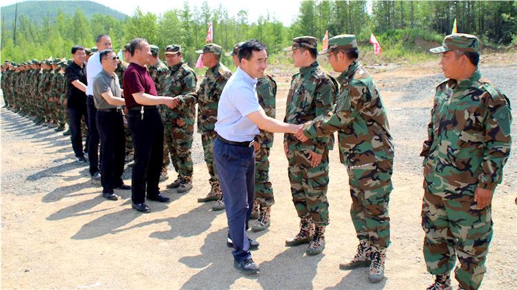 克一河林业局到北部林区慰问驻防将士