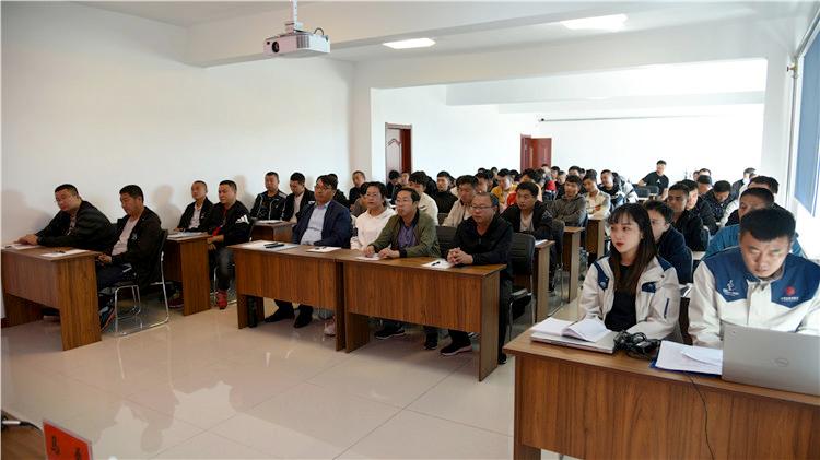 内蒙古大兴安岭林区无人机应用与执照考试培训班在图里河林业局开班