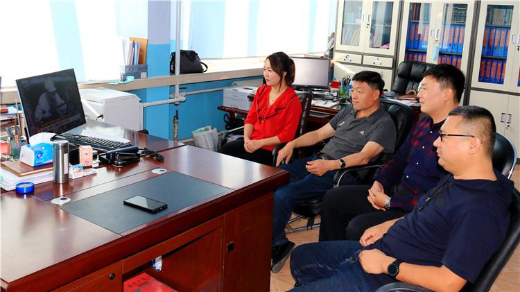 莫尔道嘎林业局党委组织观看纪念中国人民志愿军抗美援朝出国作战70周年大会盛况