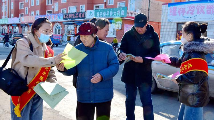 """库都尔林业局有限公司开展""""中国水周""""宣传活动"""