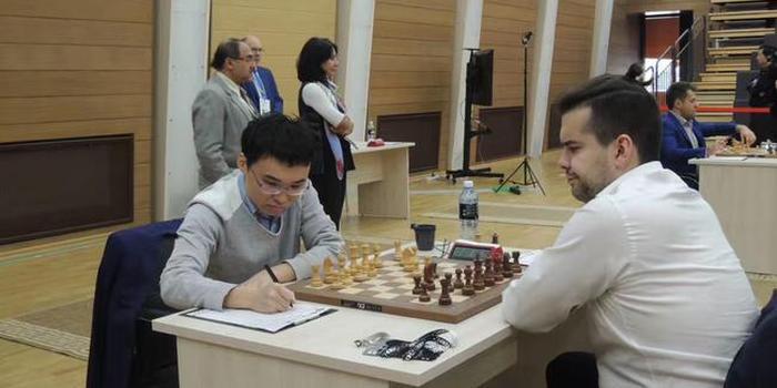 丁立人、余泱漪携手挺进国际象棋世界杯八强